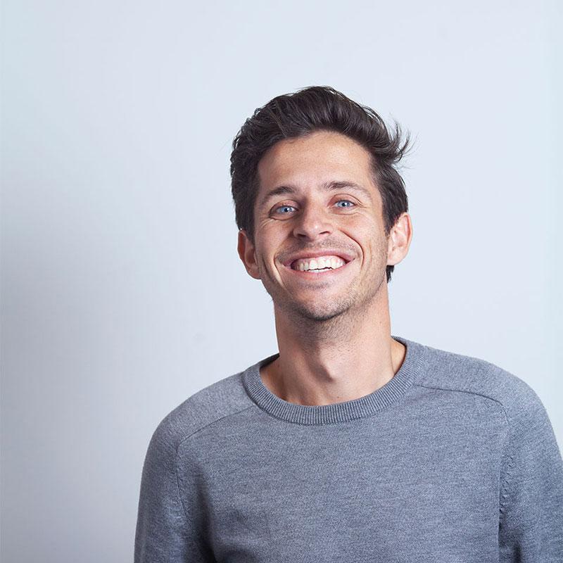 Portretfoto van synetic medewerker